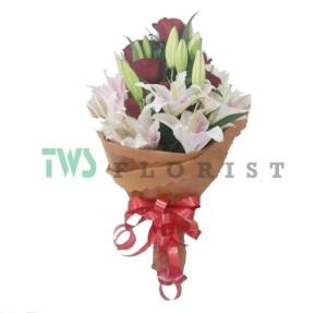 Bunga Mawar Hand Bouquet 11
