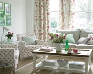 Tips Menghias Ruang Tamu Dengan Rangkaian Bunga