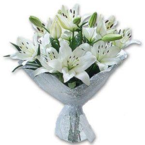 buket bunga lili
