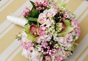buket bunga lilin