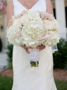 buket bunga pernikahan besar