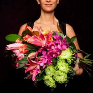 Bunga Anggrek Untuk Wisuda