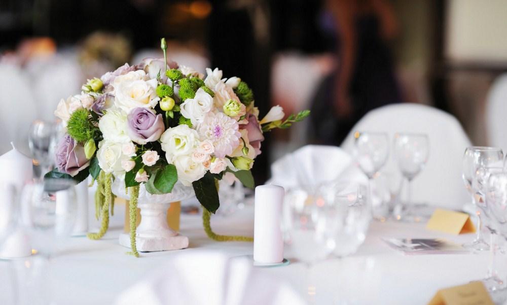 Bunga Meja Dekorasi Pernikahan