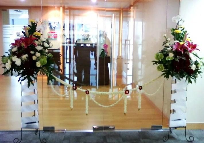 5 Kreasi Bunga Gunting Pita Untuk Peresmian Toko Bunga Jakarta