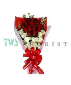 Bunga Mawar Hand Bouquet